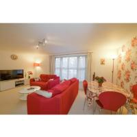 Stylish and spacious flat with private parking