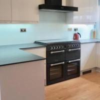 Modern 3 Bedroom Apartment beside Stansted