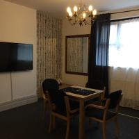 BayApart Large Two Bedroom apartment