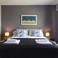 Seascape - Stylish Seafront Apartment