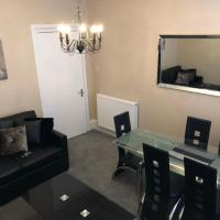 Accessible Ground Floor Apartment Near GLA Airport