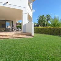 Ground Floor Apartment With A Lovely Garden and Benidorm Skyline Views with Pool