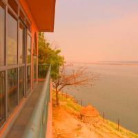 Yoga Retreat on Ganges by Safarnama