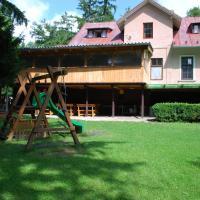 Prázdnonový dom. Vila Thoma