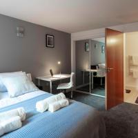 PM & Charles Luxury Apartments - 2 bedroom - City Center - Free parking