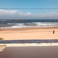 Beachouse on the sand / maison de plage front de mer