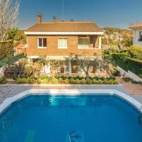 Five-Bedroom Holiday Home in Tarragona