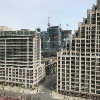 Toronto Downtown 2 bedroom sleeps 6