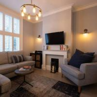 Stylish 2 Bed House in Superb Greenwich Location