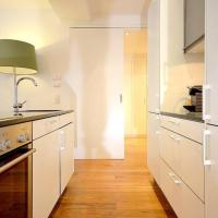 Vienna Residence | Luxuriously furnished serviced apartment for rent in Vienna - close to leafy central park in calm location.
