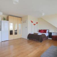 Beautiful studio flat in Harrow 42c