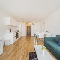 Donau Center City Apartment