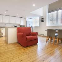 Stylish Loft-Style Apartment Close to Overground
