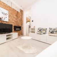 WHITE AND COMFORTABLE APARTMENT