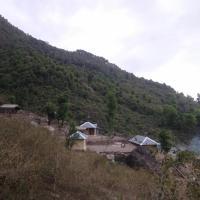 Shepherd Huts Camping