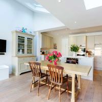 Veeve - The Kitchen Garden