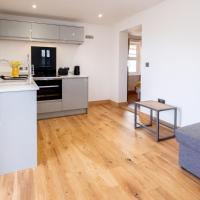 Oak – Three Tuns Apartments