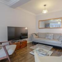 Stylish 2 Bedroom Flat In Putney