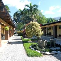 Hotel Las Espuelas, Bar & Restaurant