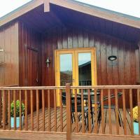 Wild Atlantic Way...Cosy log cabin