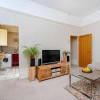 1 Bedroom Seafront Apartment in Brighton