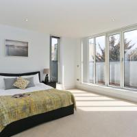 Platinum 3 Bed Townhouse + Private Roof Terrace