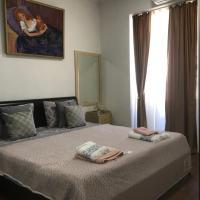 Апартаменты в историческом доме в самом центре Тбилиси