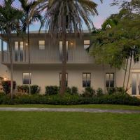 Beautiful Tropical Home in Coconut Grove
