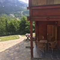 Rustic Cottage, Valley View, Mountain Getaway in Thethi