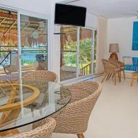 Las Villas Akumal 108 3 Bedroom Beachfront Second Floor Home
