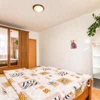 Apartment on Suleymanovoy 5