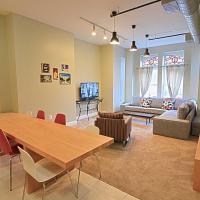 1123 Northwest Apartment #1052 Apts
