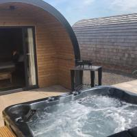 Superior glamping pod with hot tub