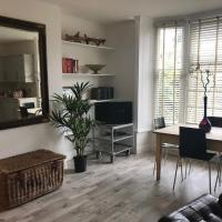 126, York Terrace Apartment