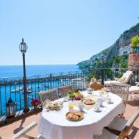 Amalfi Villa Sleeps 6 Air Con WiFi