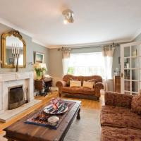 Well-Appointed Home Beside Famous Phoenix Park