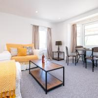 Elm – Three Tuns Apartments
