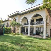 luxury villa arabic style