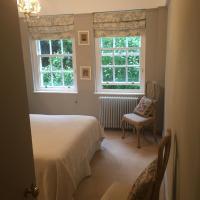 Elegant South Kensington Apartment