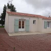 House Agreable maison dans quartier calme, pour cinq personnes maximum à grues (l'aiguillon sur mer), sud vendée.