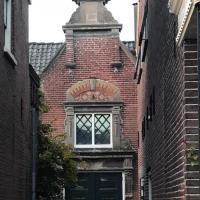 J.W. van Puttestraat 14