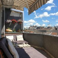 Cosy flat and charming balcony in a pedestrian zone