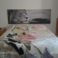 Manises Room. Piso Compartido