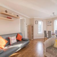 The Cluthar: Ground Floor West End, City Centre Flat With Parking
