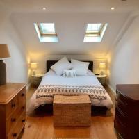 Warm & cosy 2-bed flat in Brixton, near Clapham!
