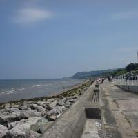 First floor apartment opposite the travel lodge colwyn bay