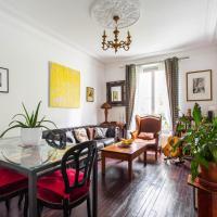 Large warm apartment *Paris 19*