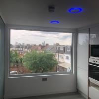 Luxury Studio Apartment Central line