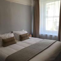 2 Bedroom Apartment on High Street Glastonbury