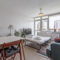 Lovely Bright Flat near Canary Wharf